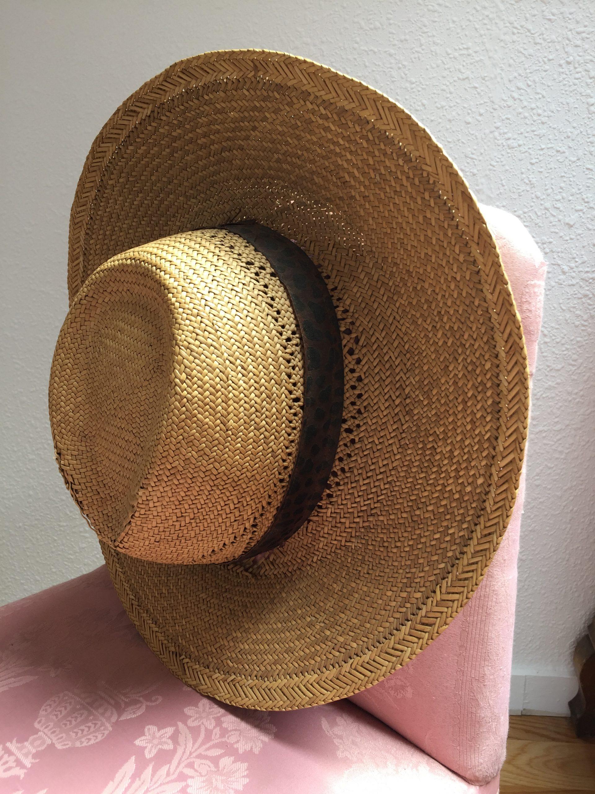 El toque chic: los sombreros