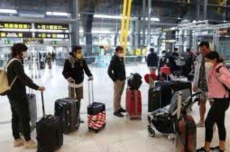 España obliga a los procedentes del extranjero a someterse a una cuarentena de 14 días