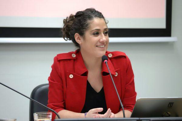 Comerciantes de Aravaca y concejales del PSOE se reúnen para hablar de un futuro vivero de empresas en el barrio