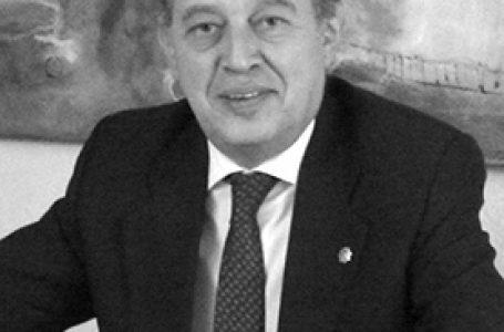 """EL ABOGADO ANTONIO GONZÁLEZ-ZAPATERO CREA BECUS AB Y ASEGURA QUE """"EN ESPAÑA LA PRENSA NO ES EL CUARTO PODER SINO EL PRIMERO"""""""