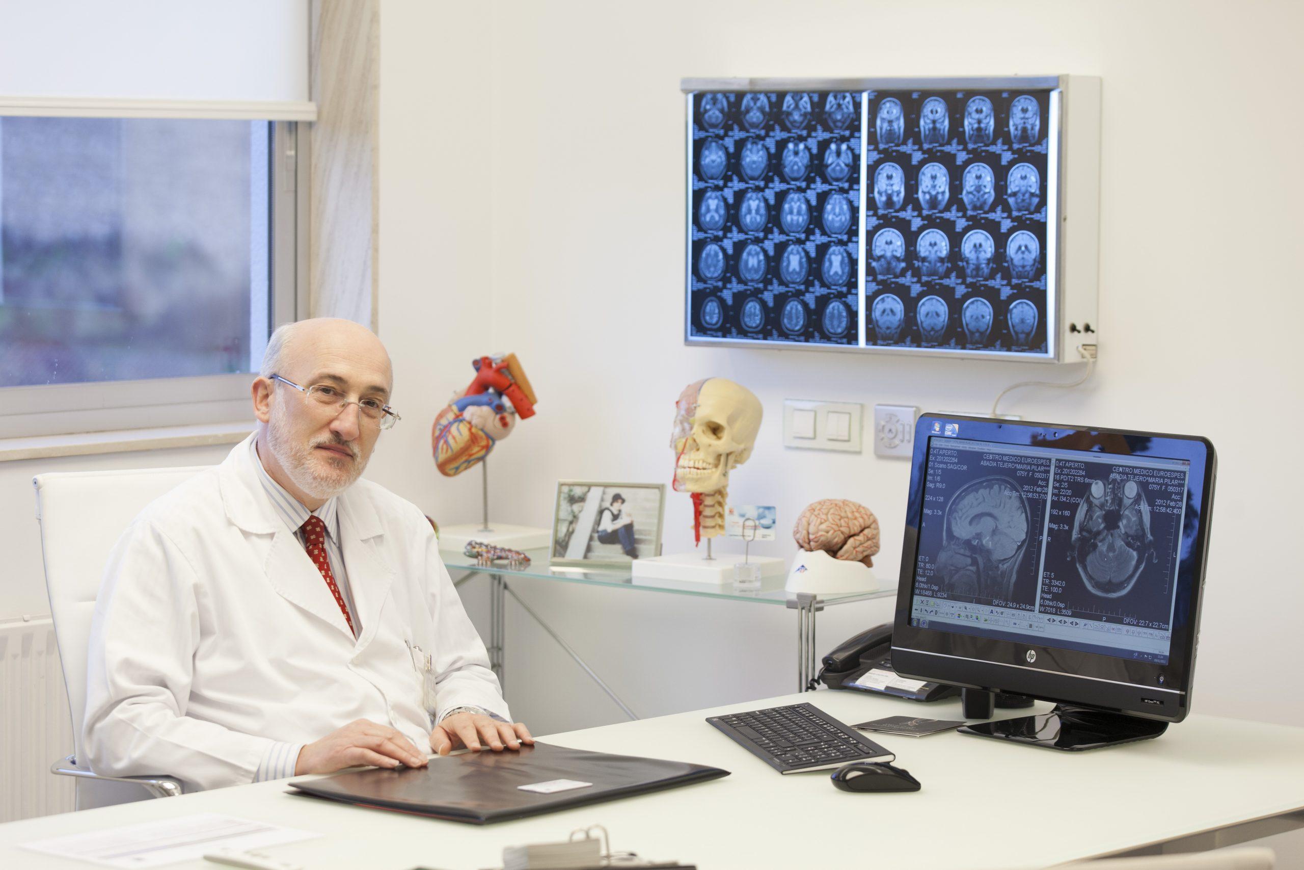 """Dr. Ramón Cacabelos: """"El alzhéimer es la principal causa de demencia, pero hay más de 70 tipos diferentes de demencia"""""""
