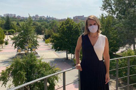 """""""Lanzaremos una campaña de apoyo al comercio"""", anuncia la concejala de Moncloa-Aravaca, Loreto Sordo"""