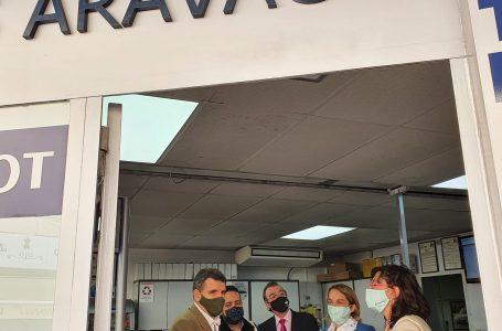 """La concejala y los vocales de todos los partidos políticos de la Junta de Distrito vienen a Aravaca """"de compras"""""""