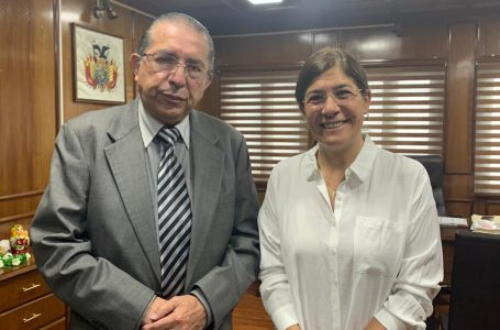 El ministro de Salud boliviano da un paso al frente respaldando al dióxido de cloro