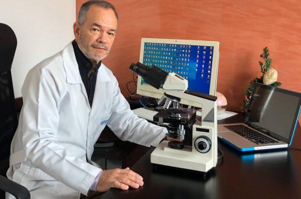 """Dr. Eduardo Insignares: """"En España, Andreas Kalcker y yo estamos intentado construir en el futuro una clínica en Marbella, pero ahora estamos más concentrados en un laboratorio en Suiza."""
