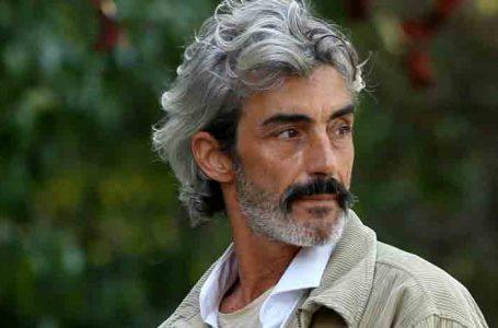 Detienen al actor Micky Molina tras negarse a ponerse la mascarilla en el aeropuerto de Ibiza.